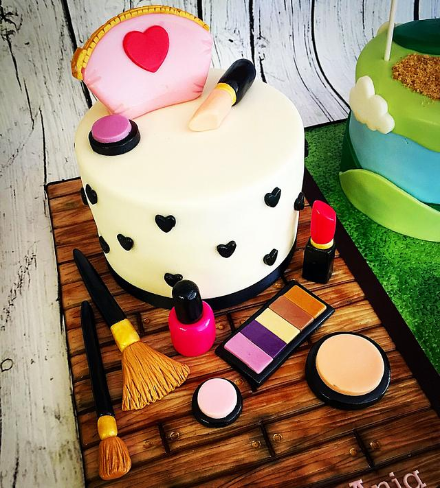 His & Hers Birthday Cakes!