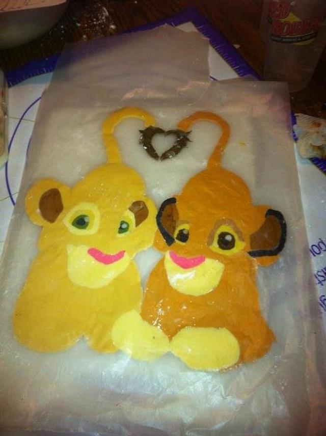 Simba and Nala Cake