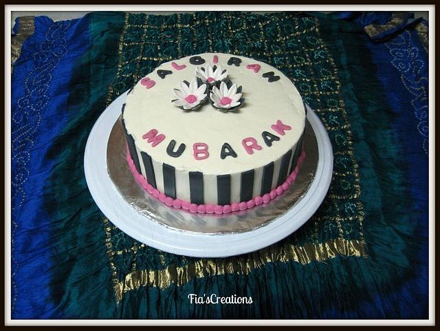 Daisy Red Velvet Cake