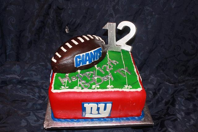 Awe Inspiring Ny Giants Birthday Cake Cake By Dawn Libby Cakesdecor Funny Birthday Cards Online Inifodamsfinfo