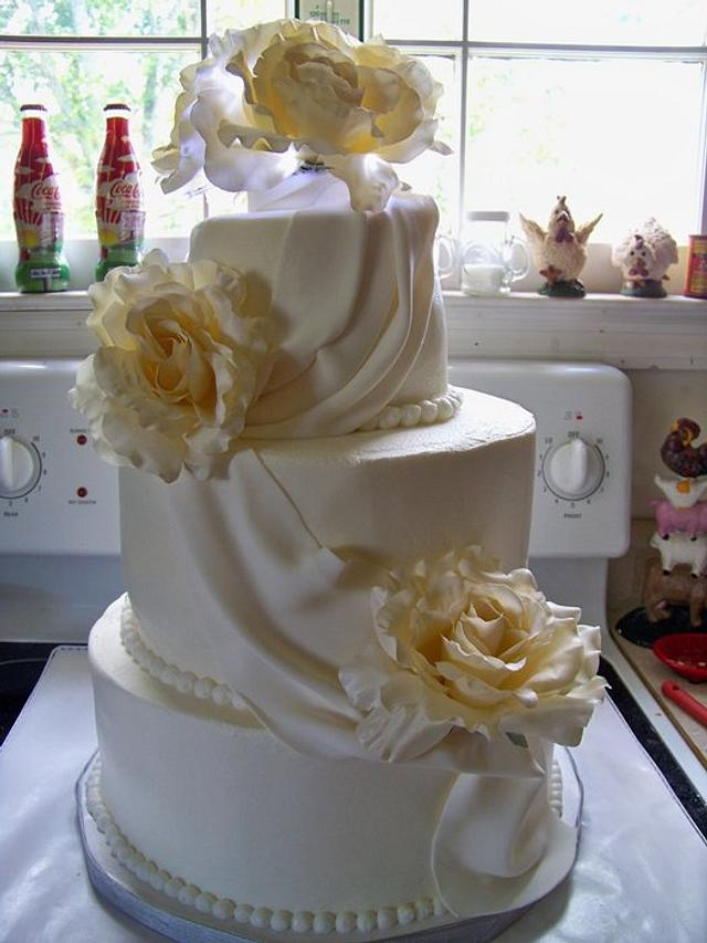 Ivory Wedding Cake with a little swag