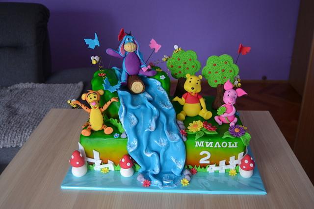 Vinnie the pooh cake