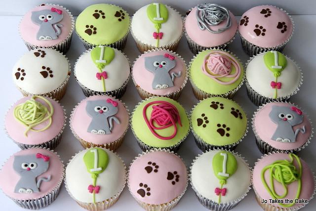 Kitty Cat 1st Birthday and matching cupcakes