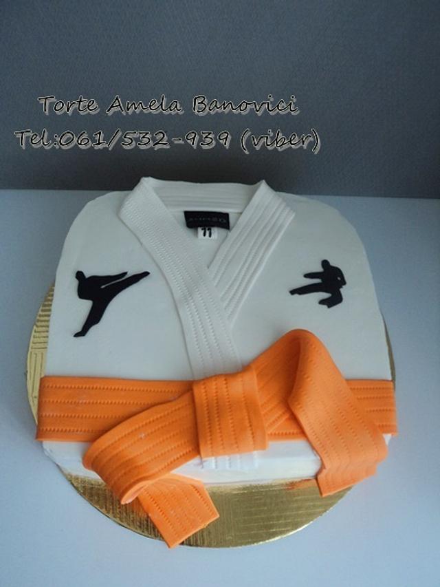 karate kimono cake
