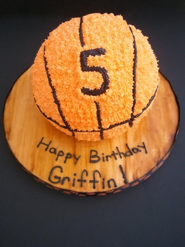 Sensational Basketball Birthday Cake Cake By Mimis Sweet Shoppe Cakesdecor Funny Birthday Cards Online Alyptdamsfinfo
