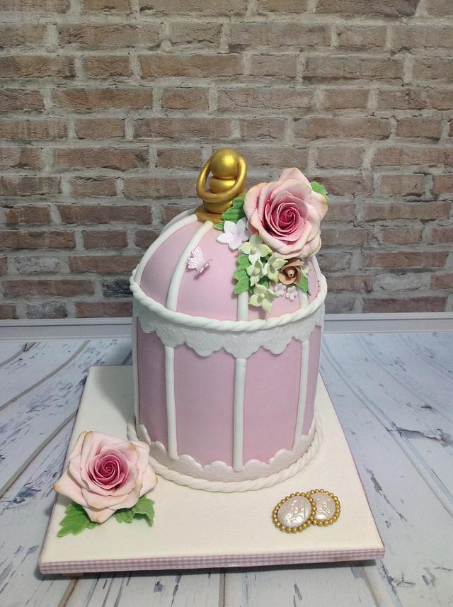 cage vintage cake