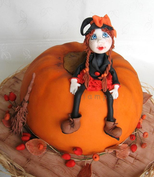 Cake for halloween party