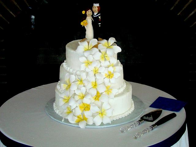 White buttercream wedding