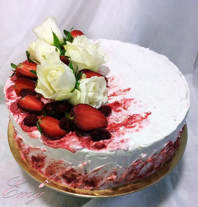 Flower Strawberry Cake