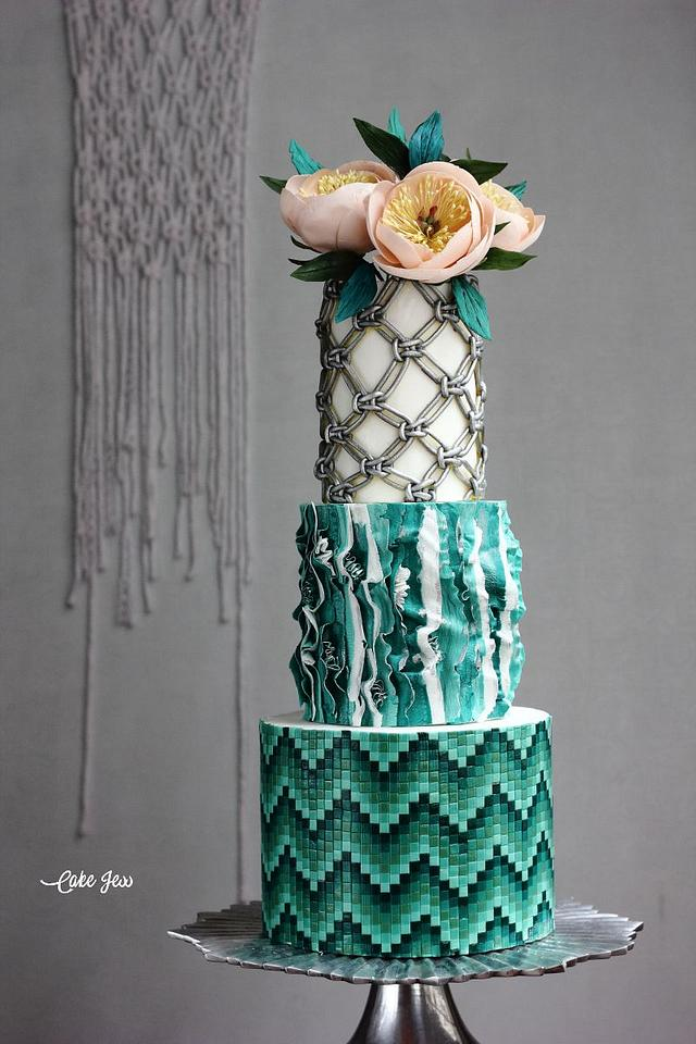 BOHO GLAM WEDDING CAKE