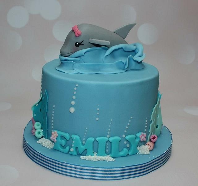 Fantastic Dolphin Birthday Cake Cake By Looeze Cakesdecor Funny Birthday Cards Online Necthendildamsfinfo