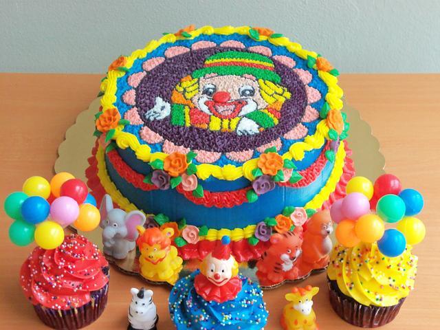 Clown Cake done w/ Rice Paper Transfer.
