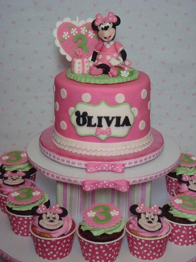 Sweet Minnie Cake and Cupcake Tower