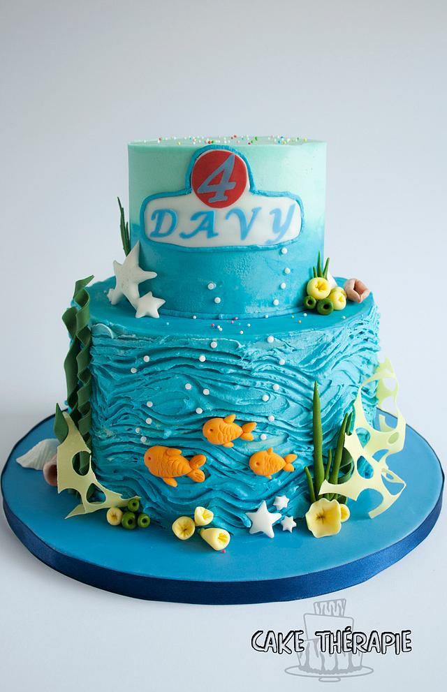Sea world themed cake.