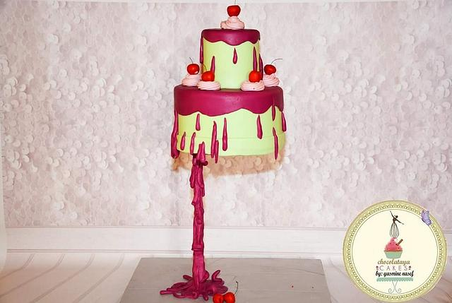 Gravity cake design by chocolataya