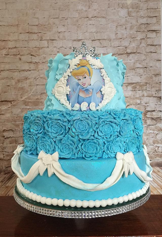 Cinderella bas relief, ruffle and swag cake