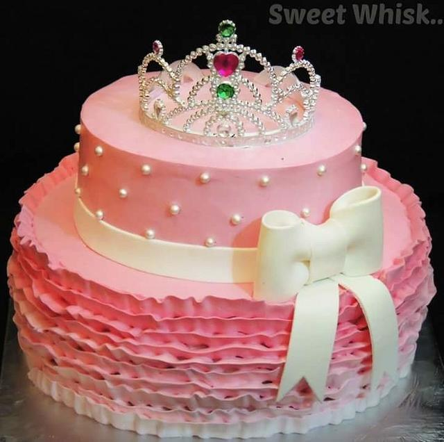 Tiara Theme Whipped Cream Cake