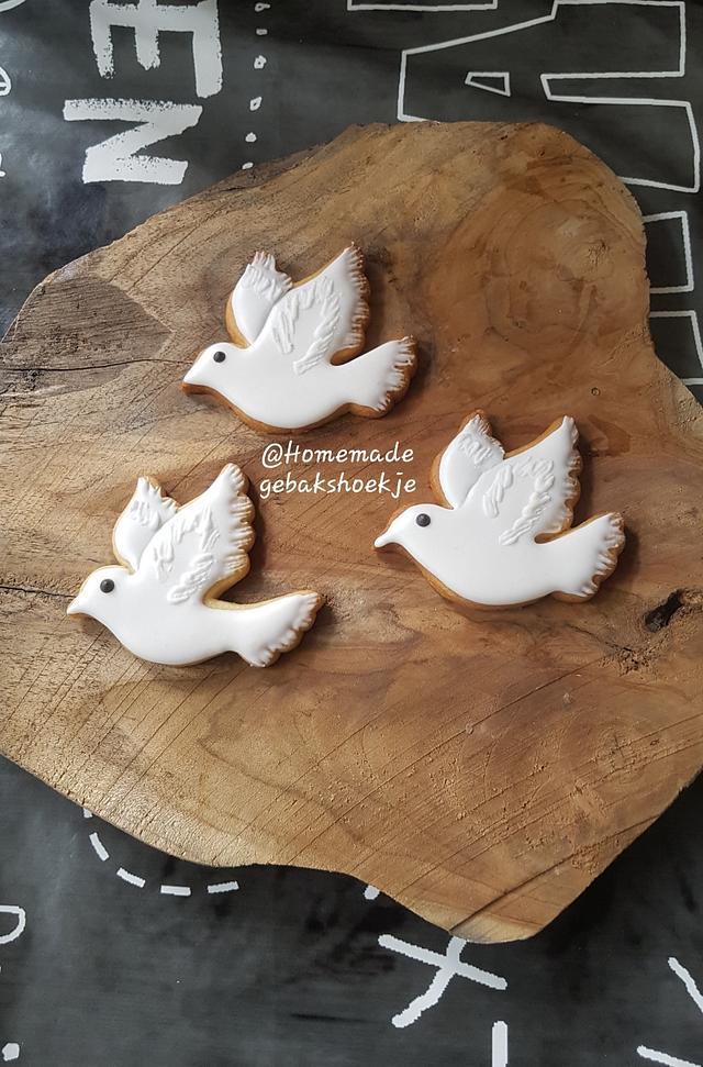 white pigeon cookies