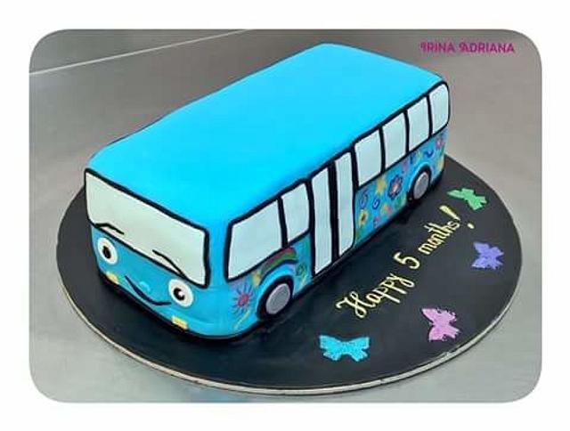 Groovy Bus Cake Cake By Irina Adriana Cakesdecor Funny Birthday Cards Online Barepcheapnameinfo