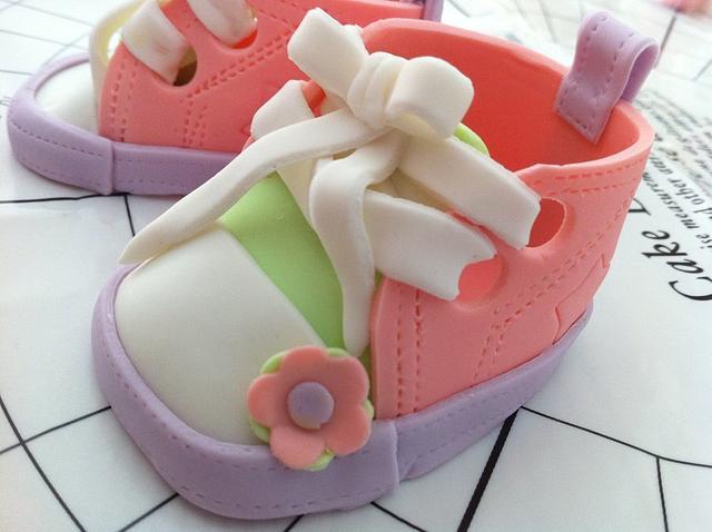 Gum Paste Baby Shoe Converse Style