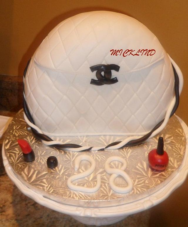 A CHANEL BAG CAKE