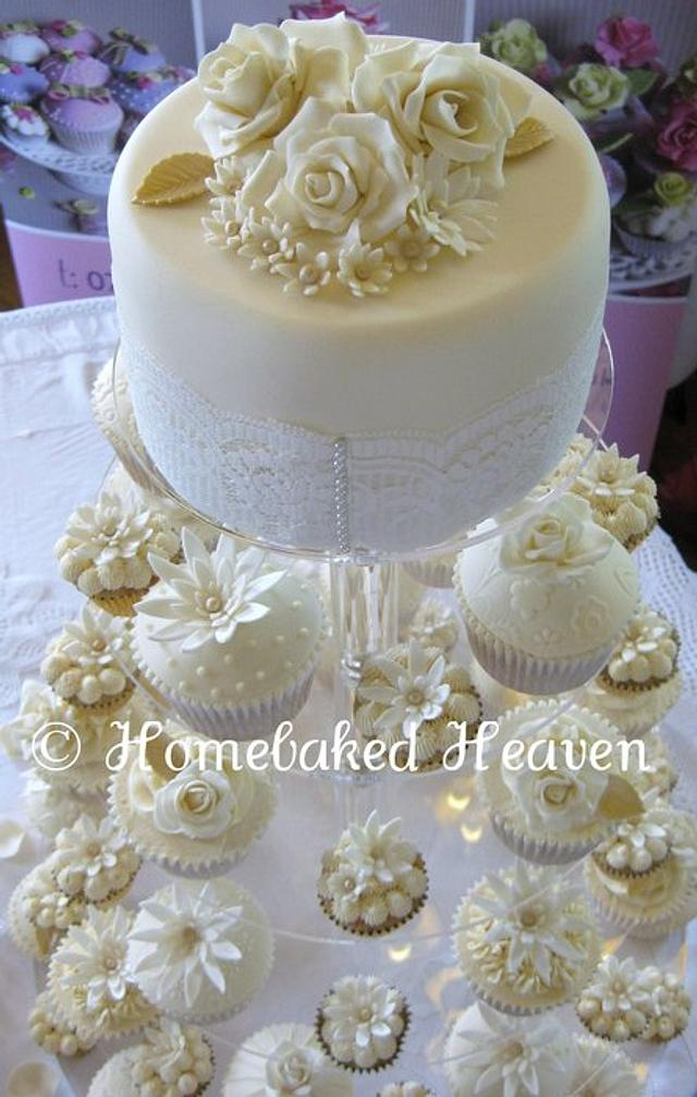 Roses, lace & pearls wedding cupcakes