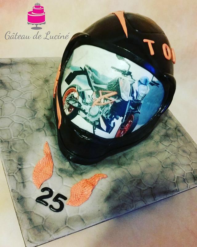 3D Helmet cake