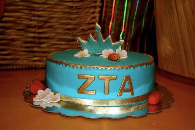 ZTA Sorority cake for special graduate