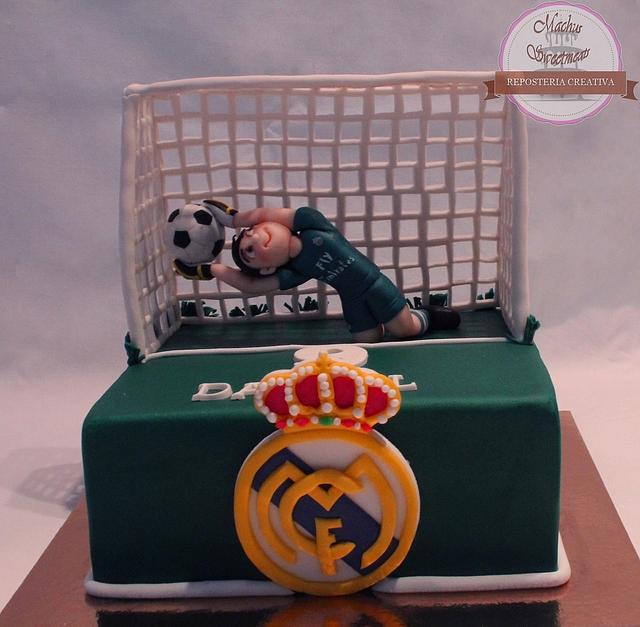 Tarta fondant de portero de futbol.- Fondant cake soccer goalkeeper