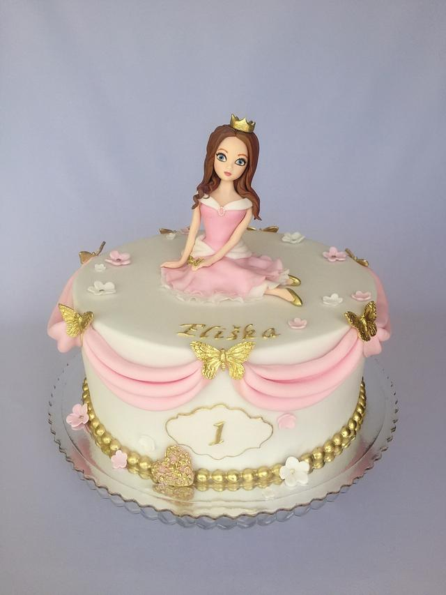Remarkable Princess Birthday Cake Cake By Layla A Cakesdecor Personalised Birthday Cards Bromeletsinfo