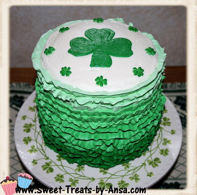 "6"" Shades of Ireland - Ombre cake"