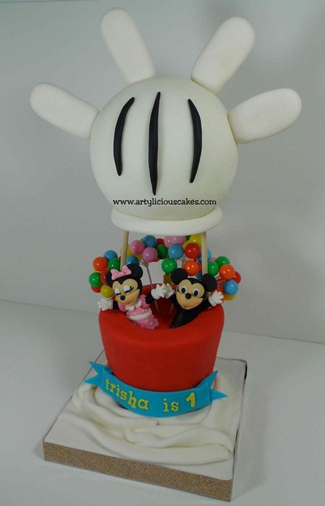 Mickey & Minnie Air Balloon Cake