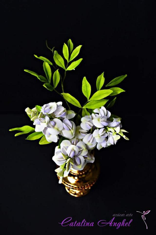 free formed sugar flowers #Wisteria