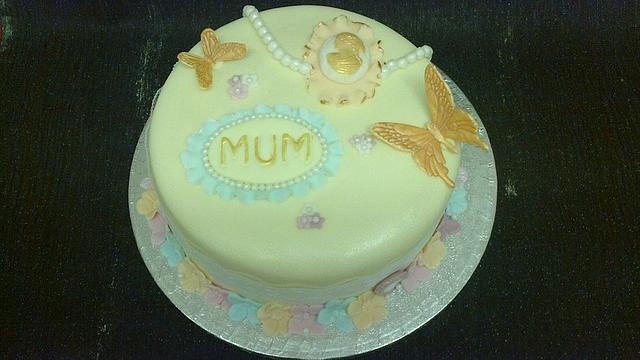 Vintage spring colours cake