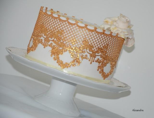 Wedding gold cake