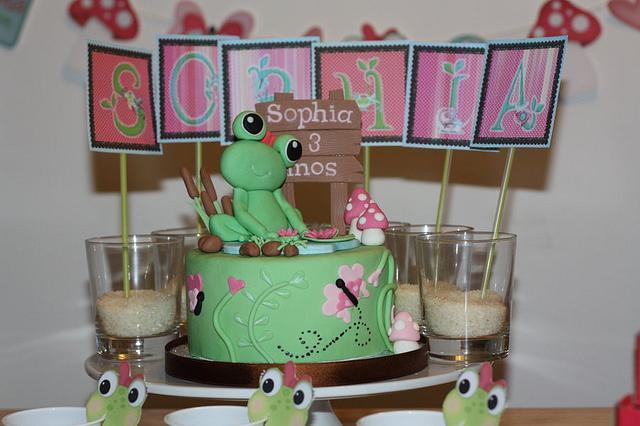 """""""Toadally Lovely"""" Cake"""