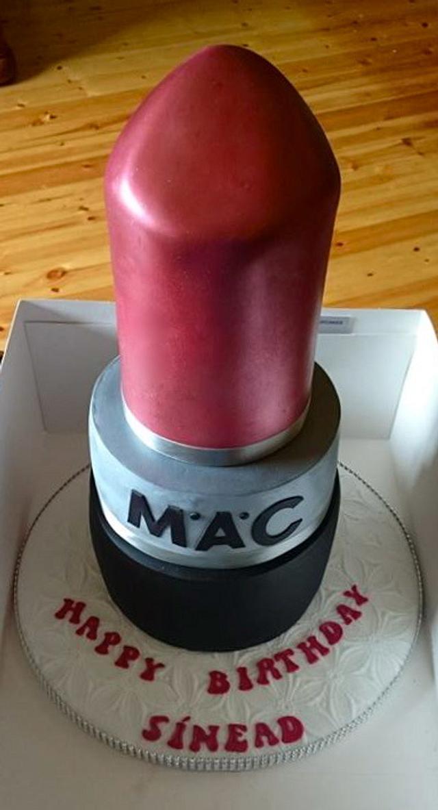 Red MAC Lipstick!