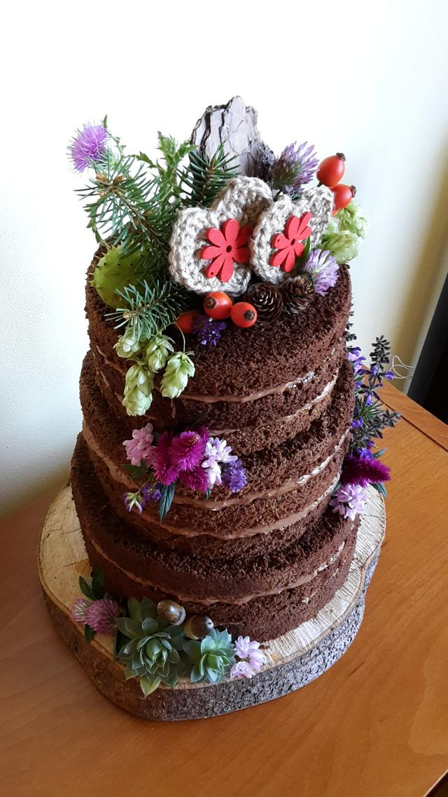 Naked natural wedding cake