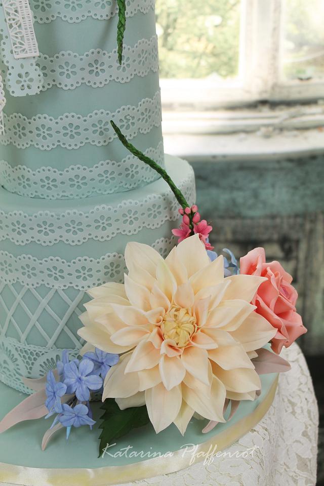 Dreamcatcher Wedding Cake