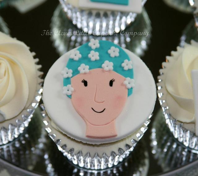 Retro Swimmer Cupcake