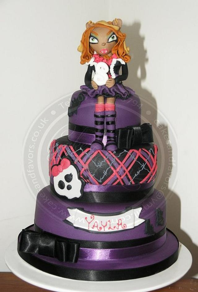 Clawdeen Wolf Monsters High Cake Cake By Cakes And Cakesdecor