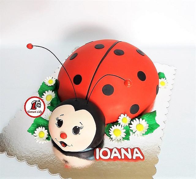 Super Ladybug Birthday Cake Cake By Lacrimioara Lily Cakesdecor Personalised Birthday Cards Veneteletsinfo