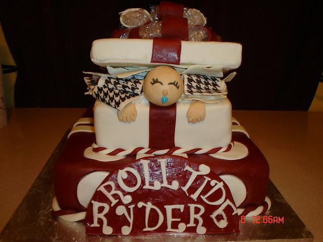 Alabama Baby in a Giftbox babyshower cake