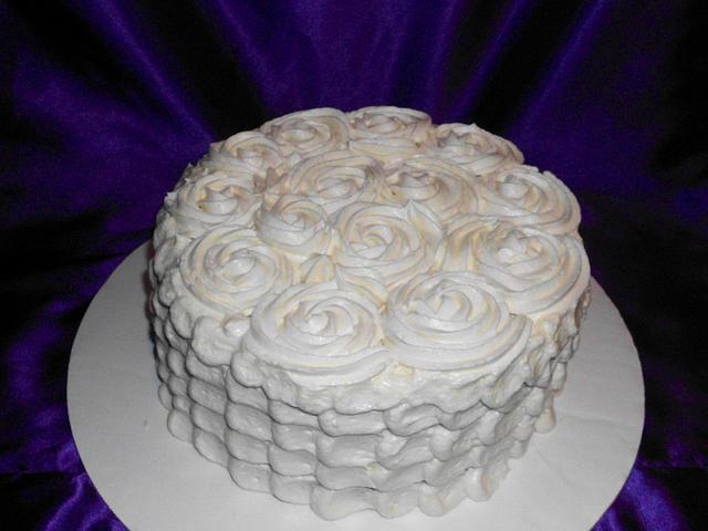 ROSETTE/PETAL CAKE