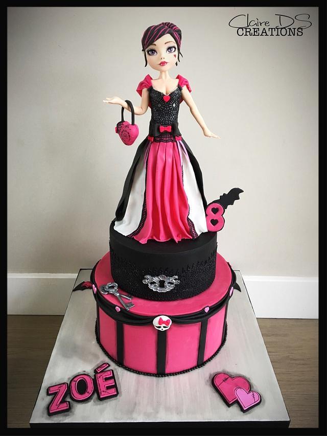 Strange Birthday Cake Monster High With Draculaura Cake By Cakesdecor Funny Birthday Cards Online Hendilapandamsfinfo