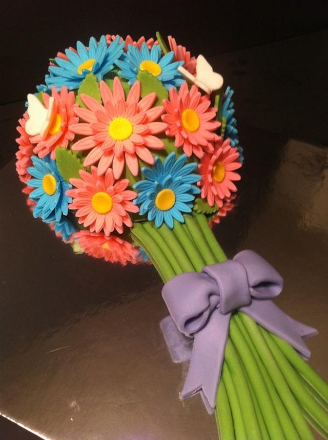 Daisy Bouquet Cake