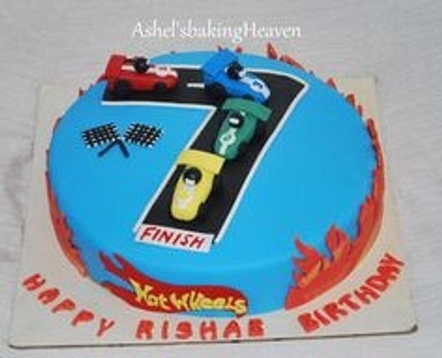 Hotwheels theme cake...