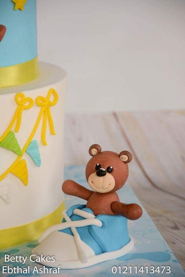 Teddies baby shower cake