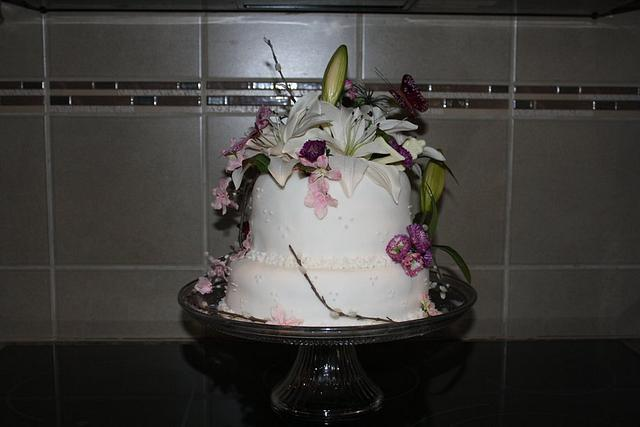 A small wedding cake for special friends.