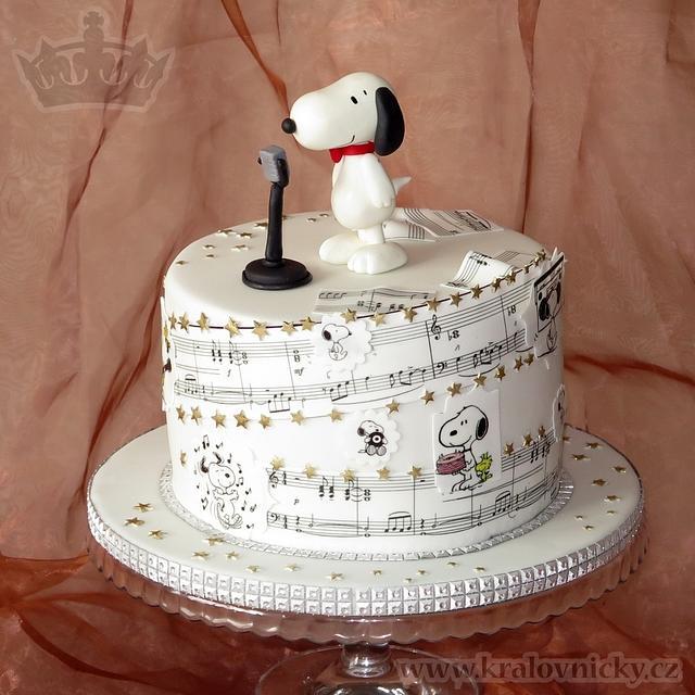 Snoopy Pop Star